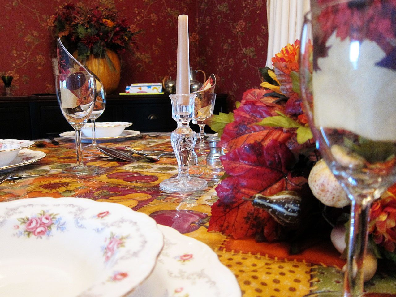 Thanksgiving table detail